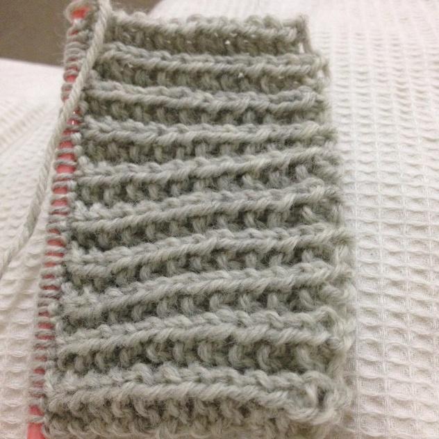 Knitting a scarf - Monday